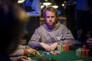 Jugador profesional de ruleta bonos de 9 juegue - 92857