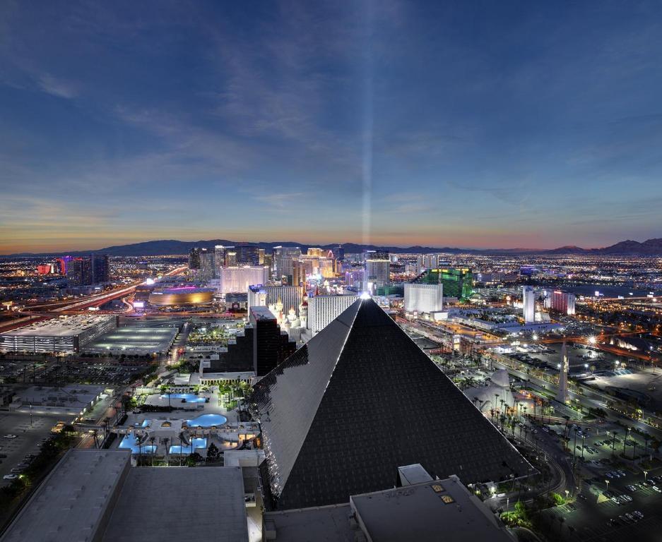Tragamonedas piramide - 34010