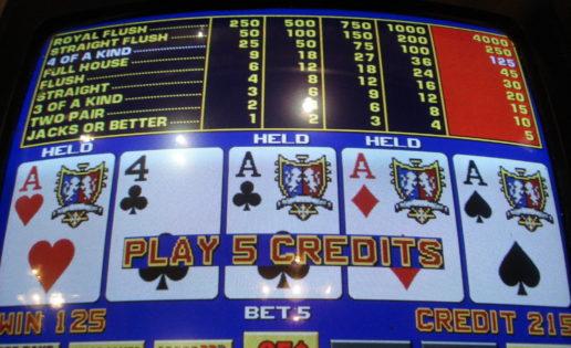 Como vencer una maquina de poker juegos Kaboo com - 92380