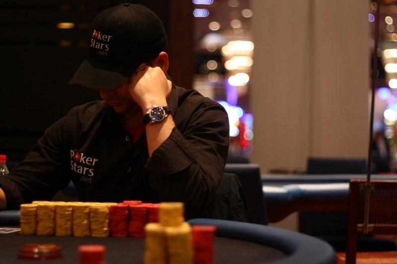 Descargar juego de poker estrellas tour - 99108