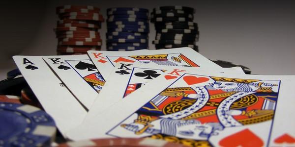 Opiniones tragaperra Spooky Family mesa de dados casino - 74783